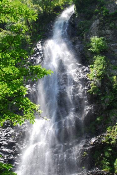 日本の滝100選 名瀑「天滝」